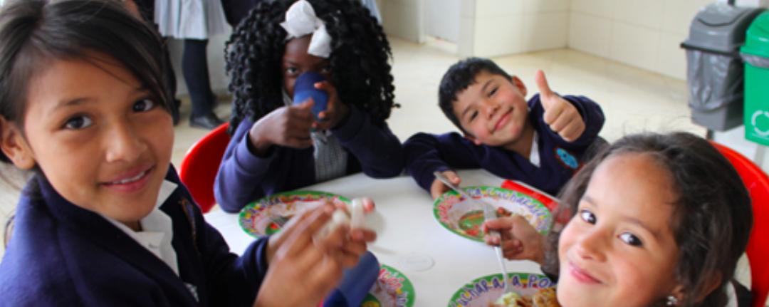 Objetivos del milenio: Compromiso mundial para espantar la pobreza y el hambre